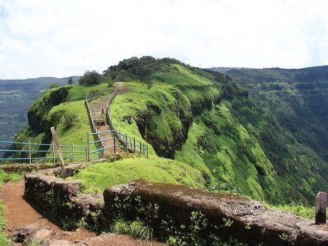 Elephant Point in Mahabaleshwar - Hill Stations Near Mumbai