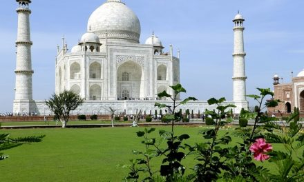 Never to miss these 3 Spots on a trip to Agra: Taj Mahal, Agra Fort & Fatehpur Sikri