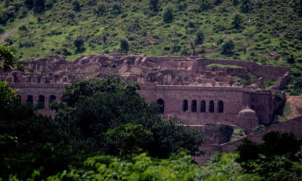 This place is not for the faint hearted, India and Asia's most haunted place – Bhangarh Fort, Rajasthan